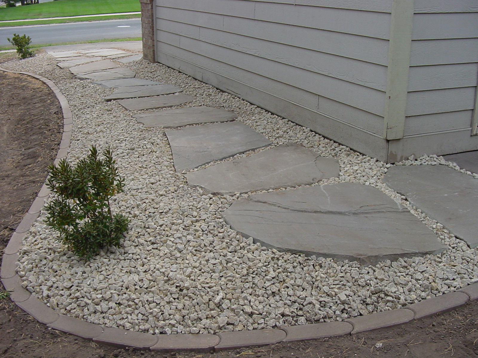 Landscaping Stone Options : Landscape edging ideas brick stone plastic concrete