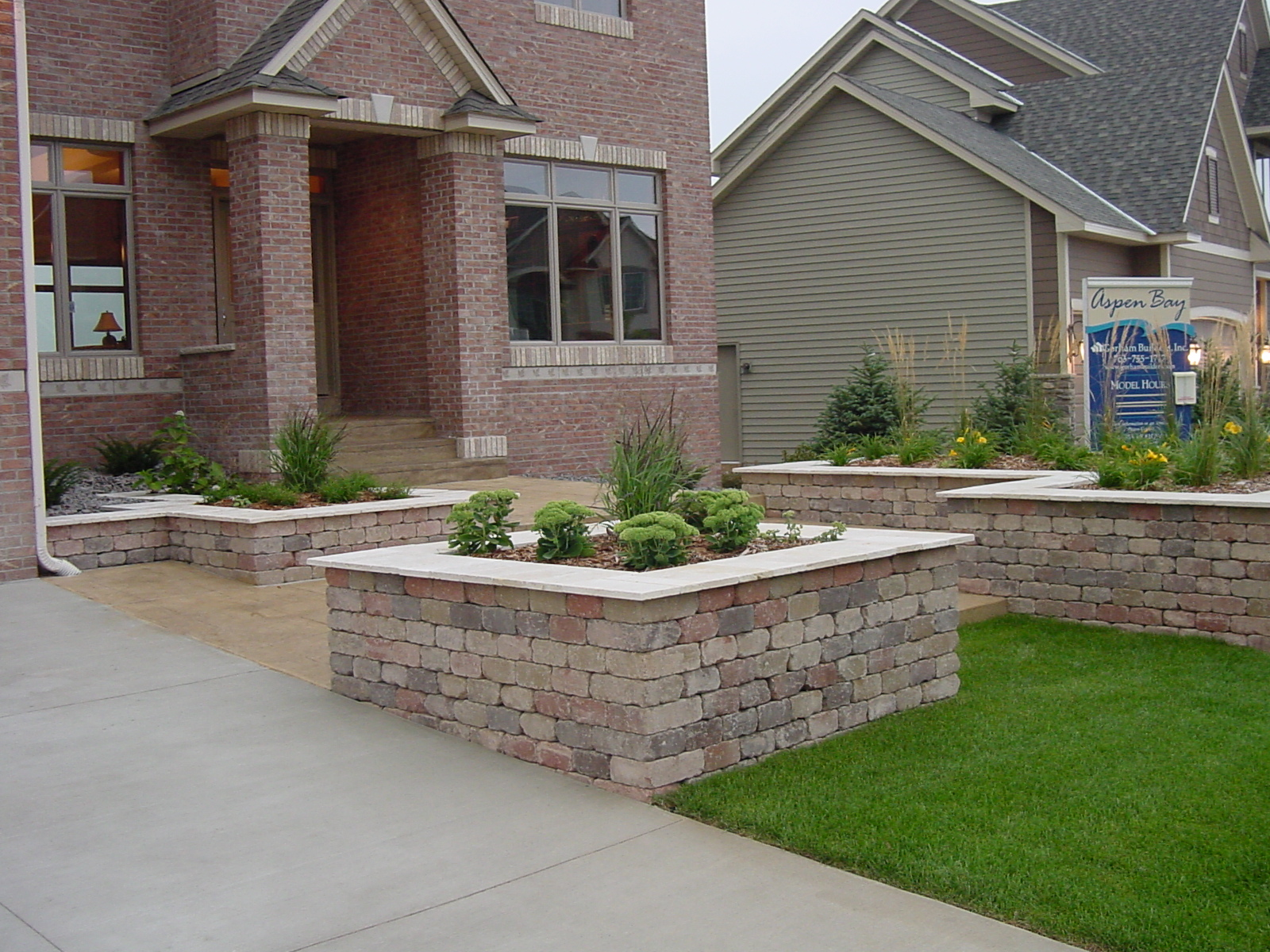 landscape garden ideas annuals, perennials and shade tree installation